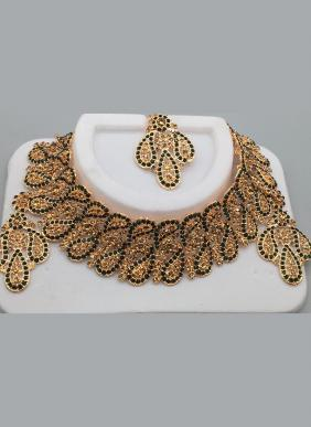 Floral Diamond Chokar Wedding Necklace Set