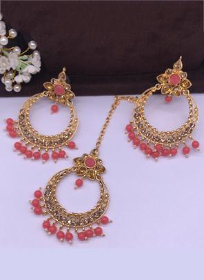 Dark Pink Pearls And Diamond Earrings With Maang Tikka Online Shopping