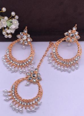 White New Pearls And Diamond Earrings With Maang Tikka Online Shopping