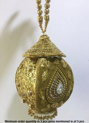 Diamond Kundan Work Metlal Clutch Bag And Sling Bag