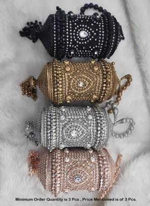Latest metal Bridal clutch ( Price For 3 Pcs)