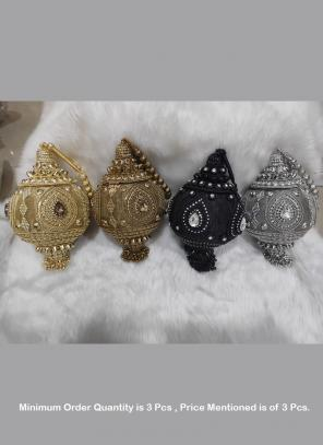 designs wholesale clutches Round designs ( Price For 3 Pcs)