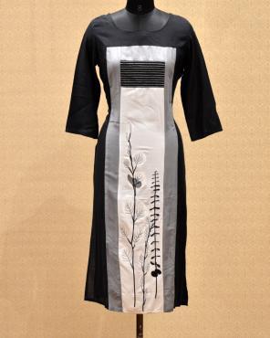 Casual Wear Black Cotton Printed Work Kurti