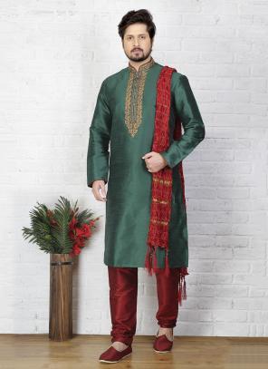 Festival Wear Art Silk Green Stylish Embroidery Work Sherwani Style