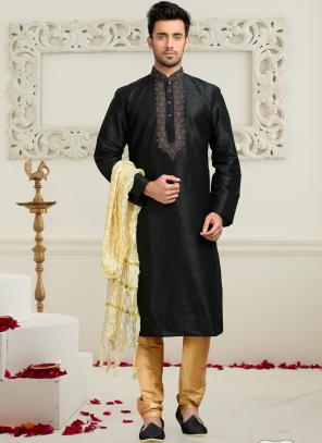 Wedding Wear Black Dhupion Embroidered Work Churidar Sherwani