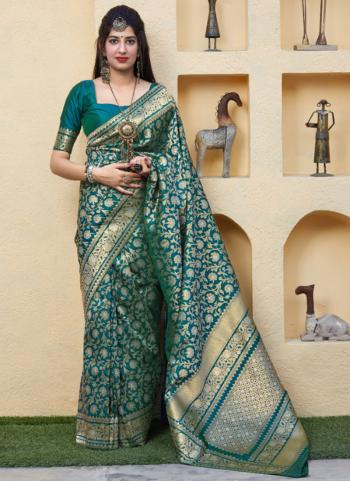 Wedding Wear Green Weaving Silk Saree