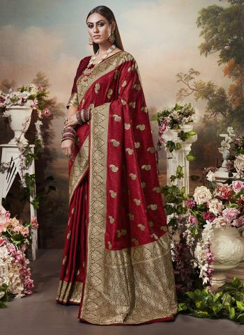 Wedding Wear Maroon Heavy Weaving Banarasi Silk Saree