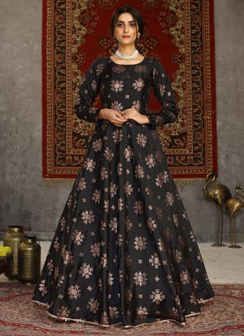 Party Wear Black Foil Printed Tapeta Silk Gown