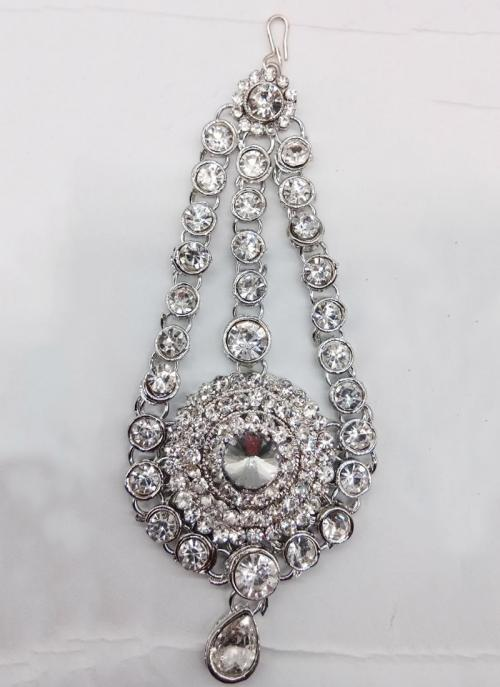 Gorgeous Silver Plated Alloy Pasa For Womens And Girls