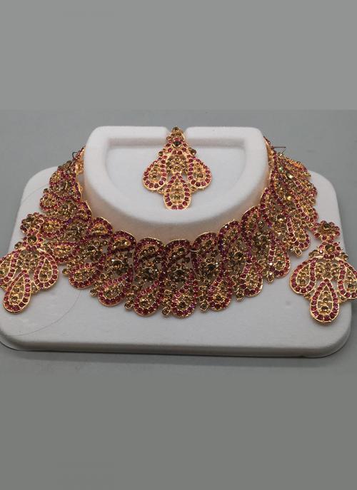 Golden Mesh And Pink Diamond Chokar Style Necklace
