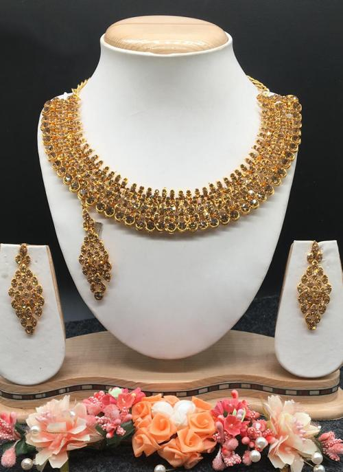 Buy Party Wear Shining Golden Necklace Set Online Shopping Online From Surat Wholesale Shop