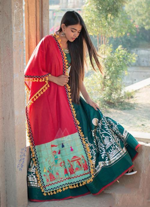 Festival Wear Rani Cotton Embroidery Dupatta